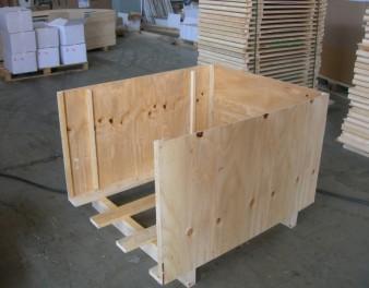 Assemblaggio di una cassa in legno