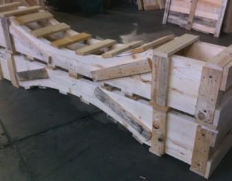 Imballaggio in legno per struttura cilindrica