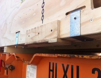 Particolare di carico di imballaggio in legno