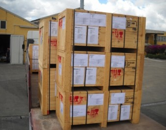 Imballaggi industriali in legno di medie dimensioni con certificazione Fitok